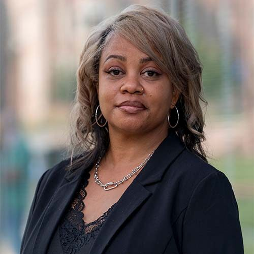 Professional portrait of Monique Stoves